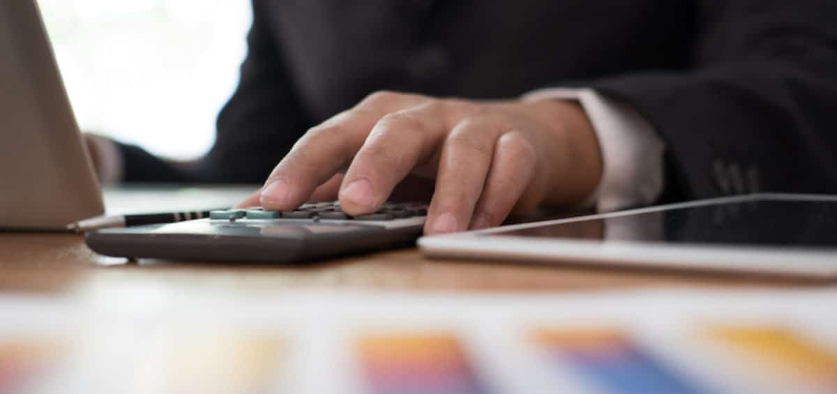 How to Choose a Qualified Tax Advisor
